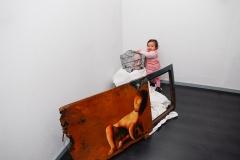 Cuadro pintado a óleo sobre hierro oxidado titulado: ¿QUÉ MENTE PERVERSA NOS HA SEPARADO? de Siro López